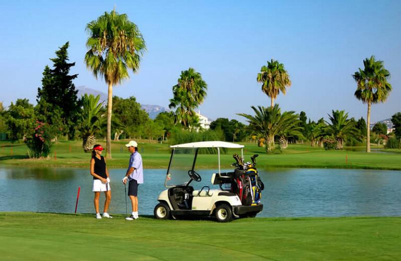 Los torneos copan los campos de golf de la Comunitat
